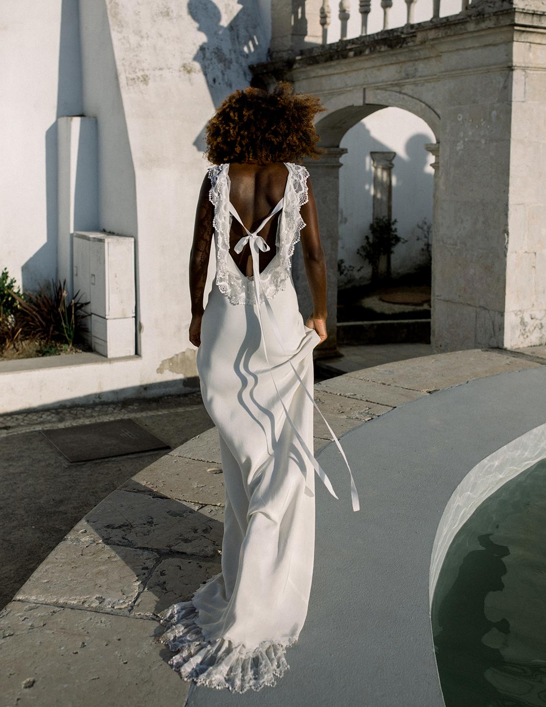 Romantic and Chic Portuguese Bridal Editorial – Couplet – A La Robe Bridal 7