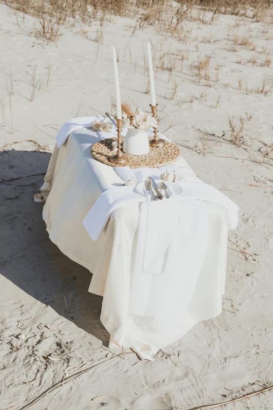 Bohemian Beach Wedding Inspiration With Agave Decor – Georgia Grace – Salt and Stem 7