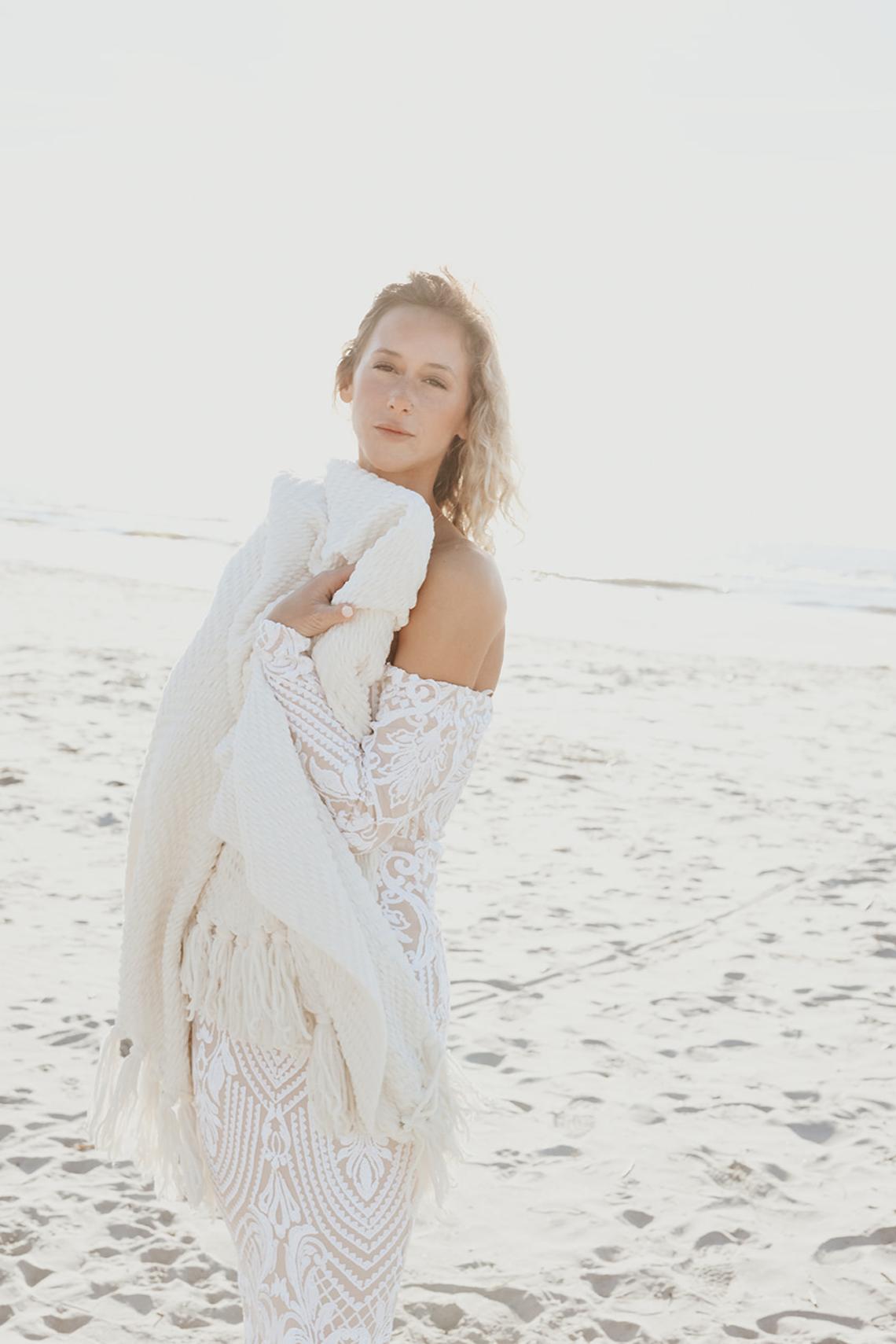 Bohemian Beach Wedding Inspiration With Agave Decor – Georgia Grace – Salt and Stem 9