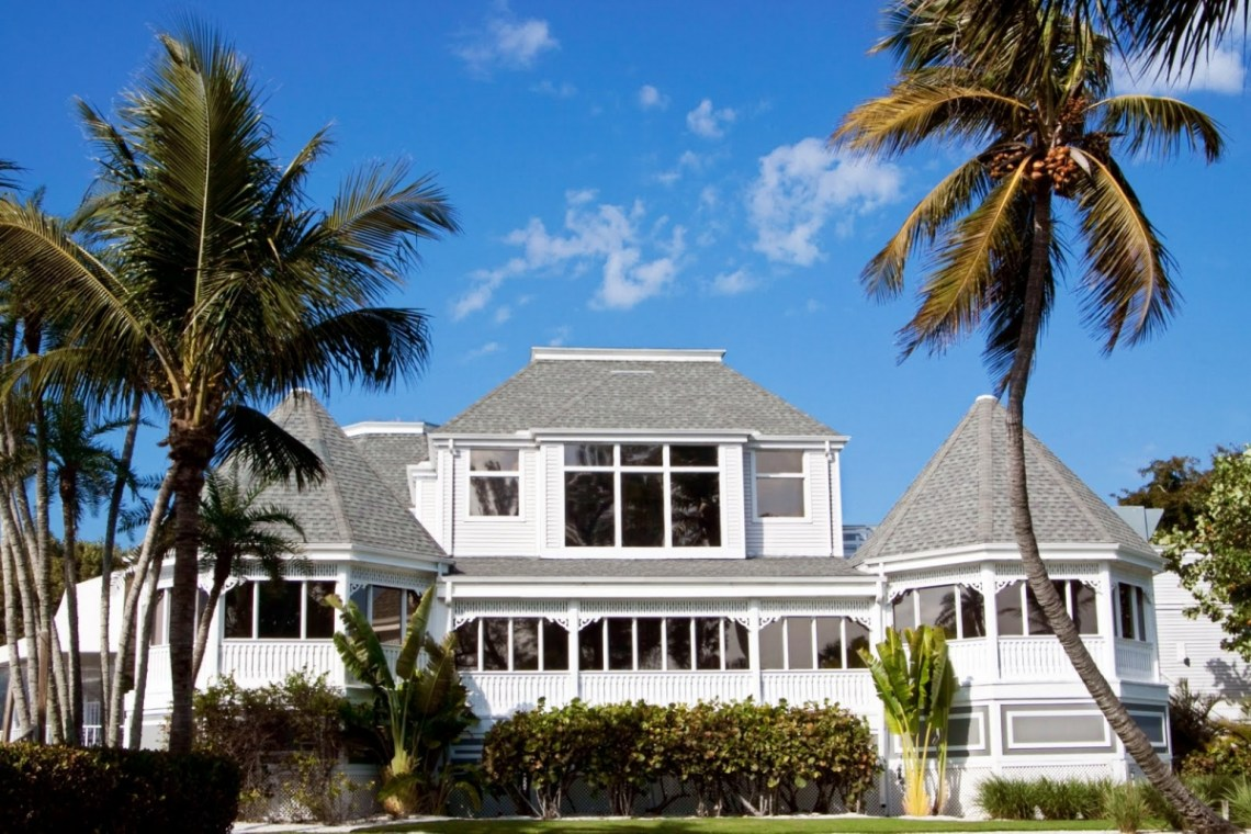 Casa Ybel Resort – We Planned Three Perfect Destination Beach Weddings Just For You – The Beaches of Fort Myers and Sanibel Island – Bridal Musings 7