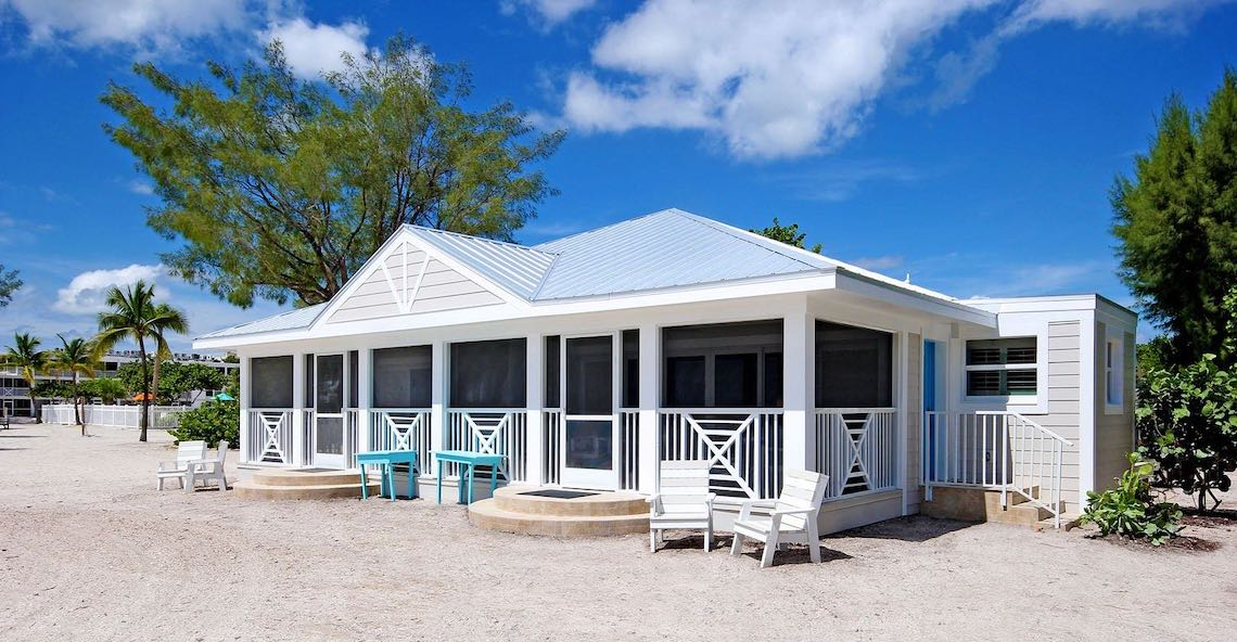Island Inn Sanibel Island – We Planned Three Perfect Destination Beach Weddings Just For You – The Beaches of Fort Myers and Sanibel Island – Bridal Musings 4