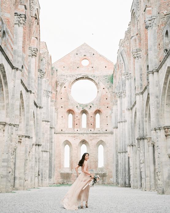 Newlywed Tuscany Honeymoon Photo Session – Olga Makarova 32
