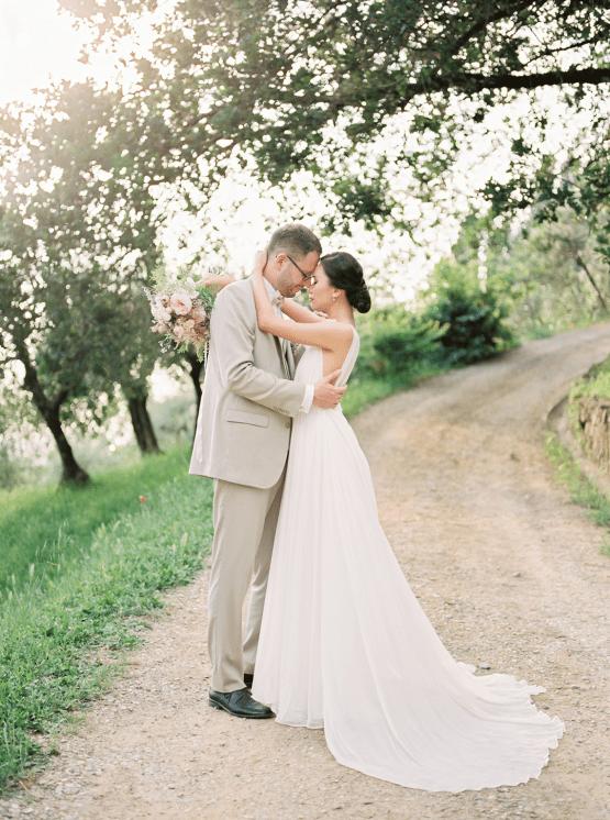 Romantic Florence Destination Wedding at Villa le Fontanelle – Olga Makarova 86