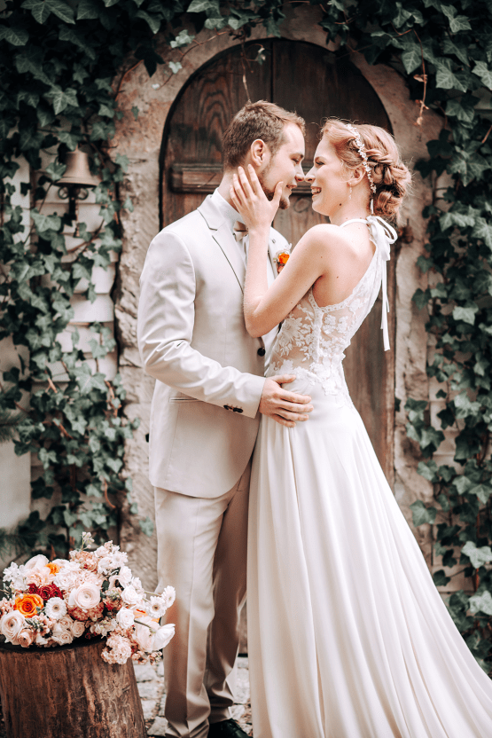 Citrus and Peach Spring Wedding Inspiration from Germany – Time for Wedding – Eine Liebe Lang Hochzeitsfotografin 17