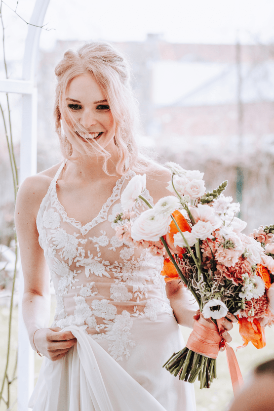 Citrus and Peach Spring Wedding Inspiration from Germany – Time for Wedding – Eine Liebe Lang Hochzeitsfotografin 22