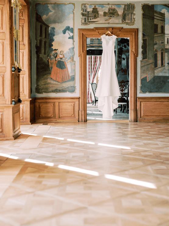 Opulent Traditional Czech Wedding in a Pink Castle – Tomas Dolejsi – Chateau Mitrowicz 16
