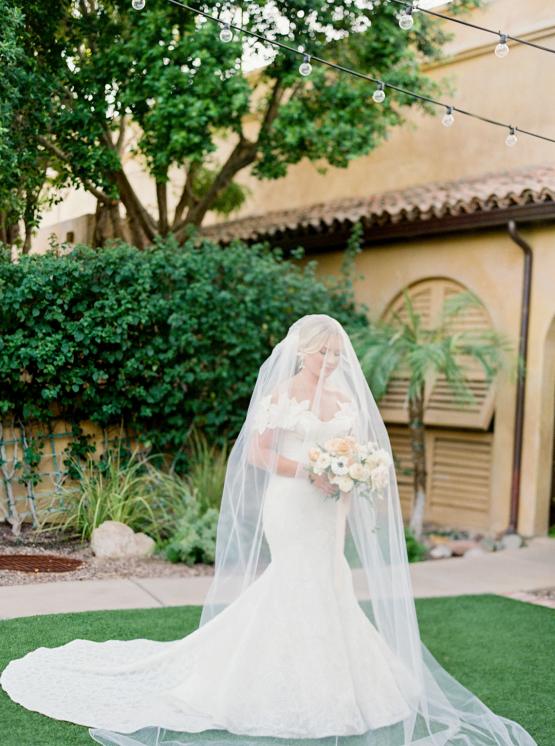 Sparkling Hacienda-style Arizona Micro Wedding at Royal Palms Scottsdale – Ashley Rae Photography 10