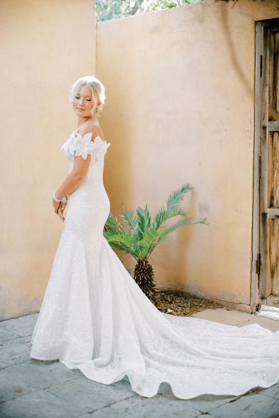 Sparkling Hacienda-style Arizona Micro Wedding at Royal Palms Scottsdale – Ashley Rae Photography 39