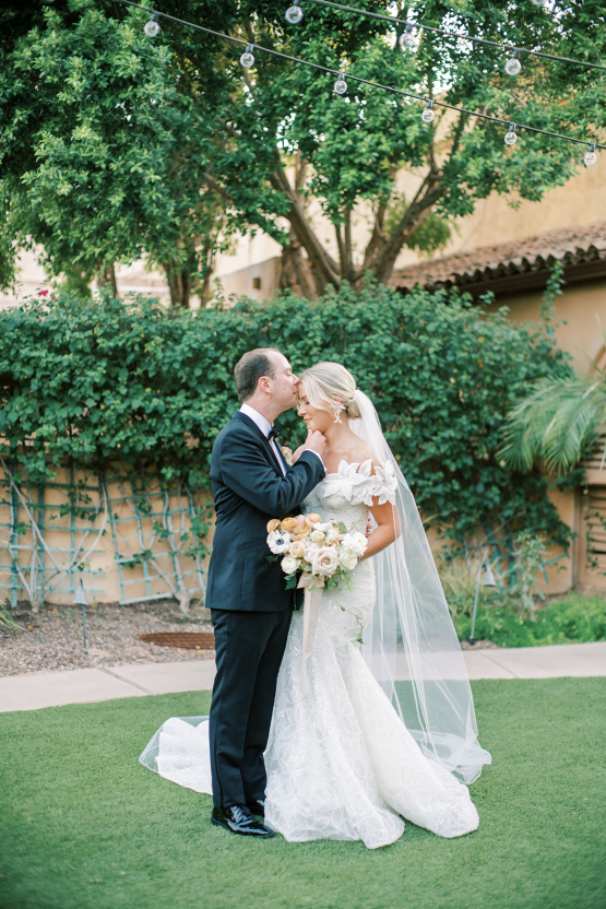 Sparkling Hacienda-style Arizona Micro Wedding at Royal Palms Scottsdale – Ashley Rae Photography 55