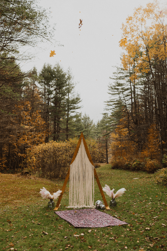 Woodsy Boho Cabin Wedding Inspiration in New Hampshire – Haus of Gravity – Compass Collective 10