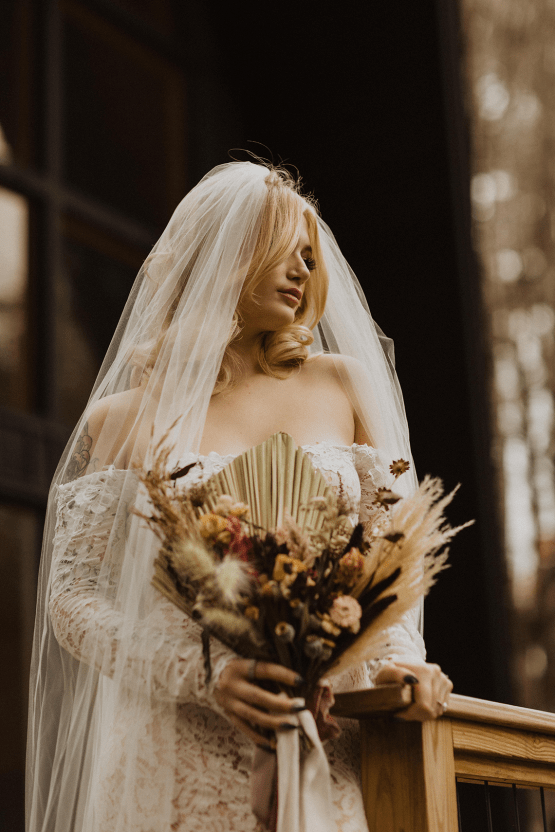 Woodsy Boho Cabin Wedding Inspiration in New Hampshire – Haus of Gravity – Compass Collective 23