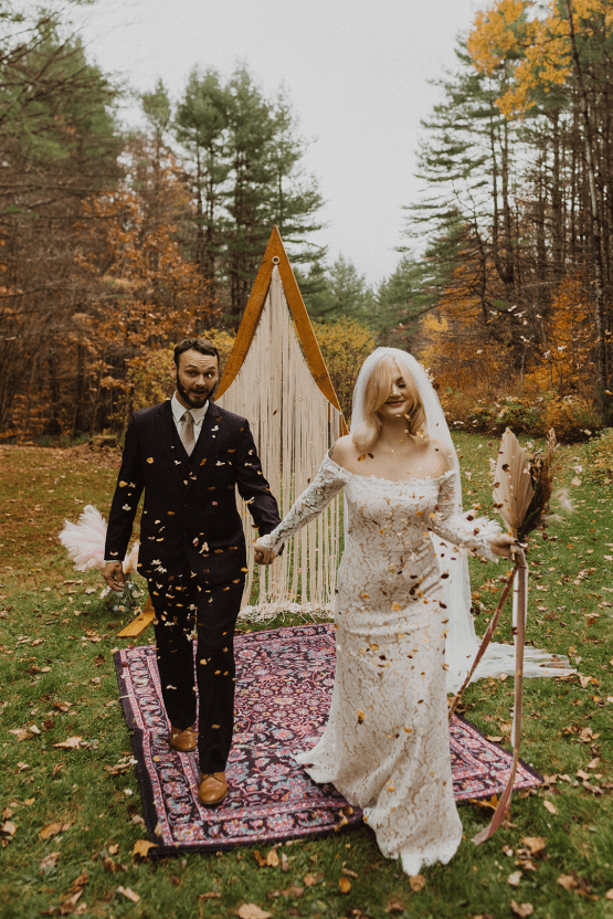 Woodsy Boho Cabin Wedding Inspiration in New Hampshire – Haus of Gravity – Compass Collective 32