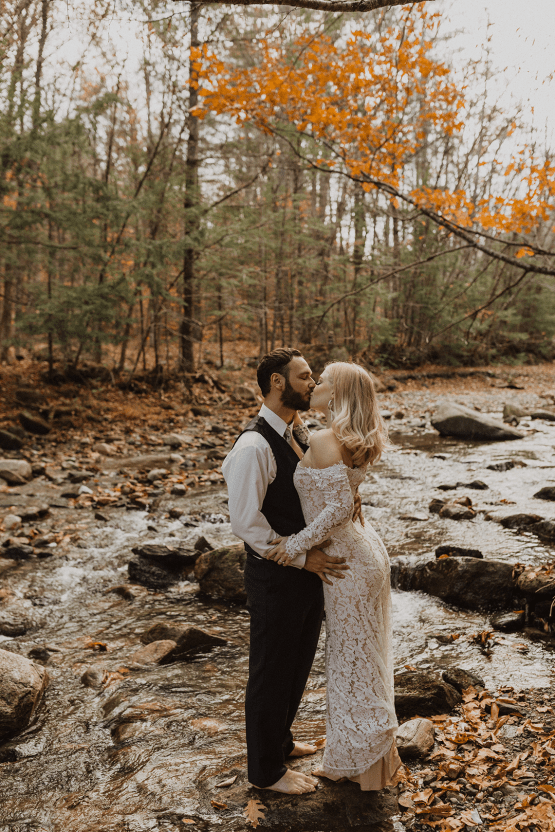 Woodsy Boho Cabin Wedding Inspiration in New Hampshire – Haus of Gravity – Compass Collective 44