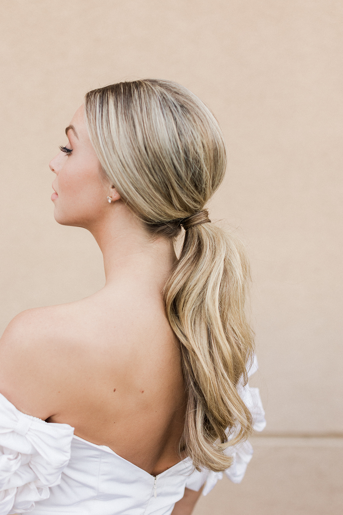 6 Gorgeous and Trendy Bridal Hairstyles for Your 2021 2022 Wedding – Valerie Darling Photography – The Bridal Bar 29
