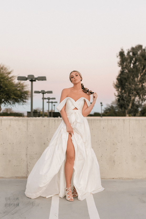 6 Gorgeous and Trendy Bridal Hairstyles for Your 2021 2022 Wedding – Valerie Darling Photography – The Bridal Bar 41