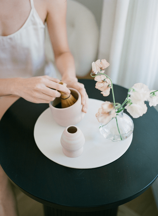 Clean and Cool Wedding Inspiration at the Los Angeles Cara Hotel – Milk Events – Jeremy Chou Photography 16