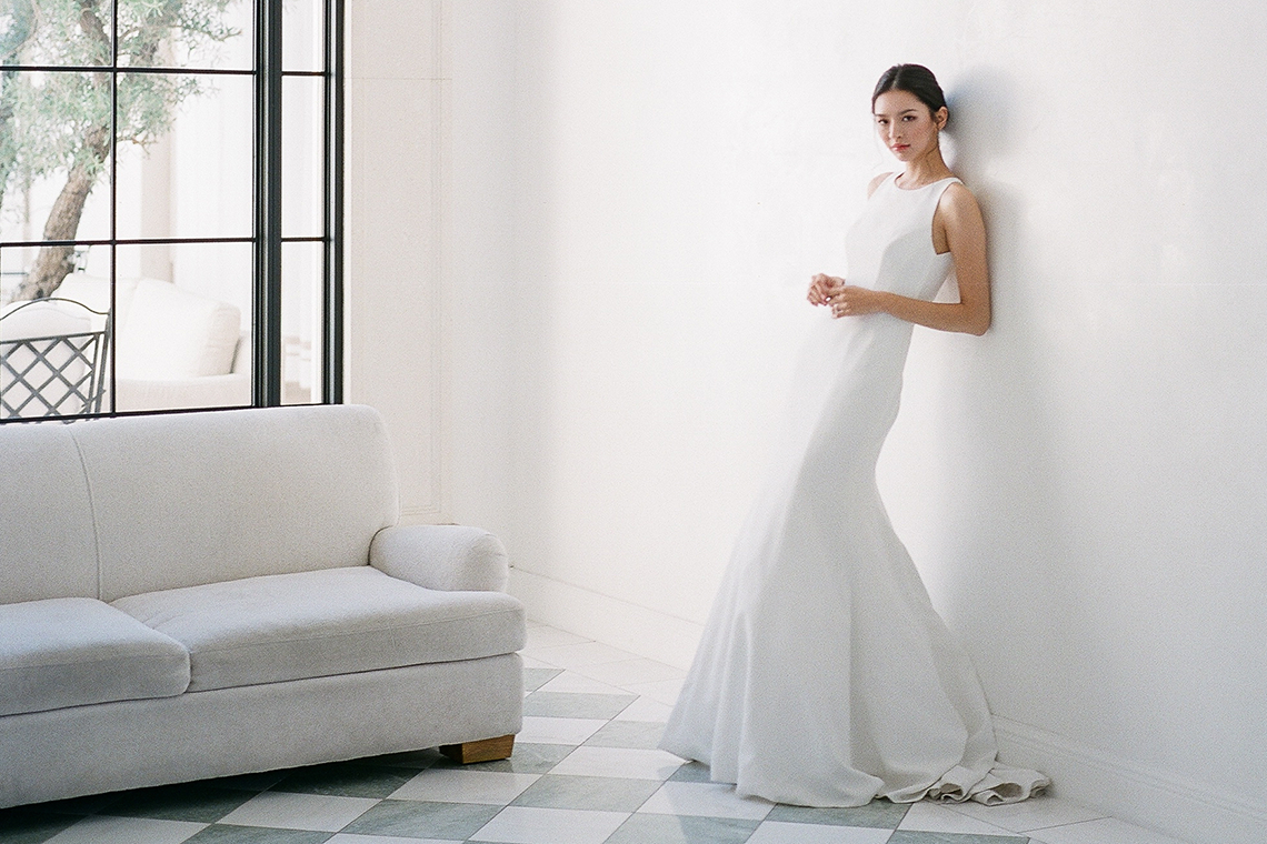 Clean and Cool Wedding Inspiration at the Los Angeles Cara Hotel – Milk Events – Jeremy Chou Photography 2