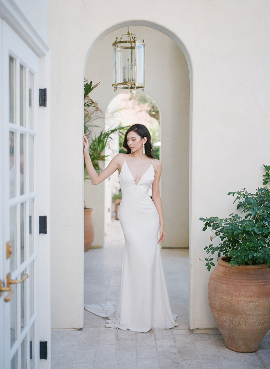Clean and Cool Wedding Inspiration at the Los Angeles Cara Hotel – Milk Events – Jeremy Chou Photography 32