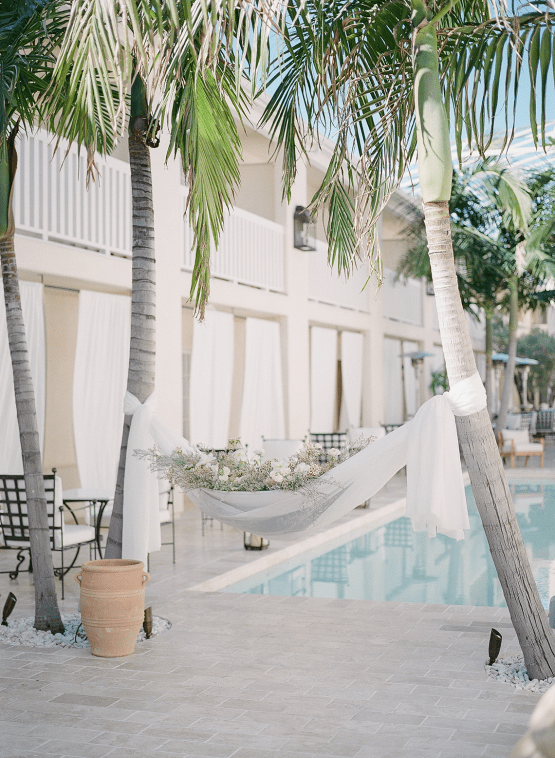 Clean and Cool Wedding Inspiration at the Los Angeles Cara Hotel – Milk Events – Jeremy Chou Photography 43
