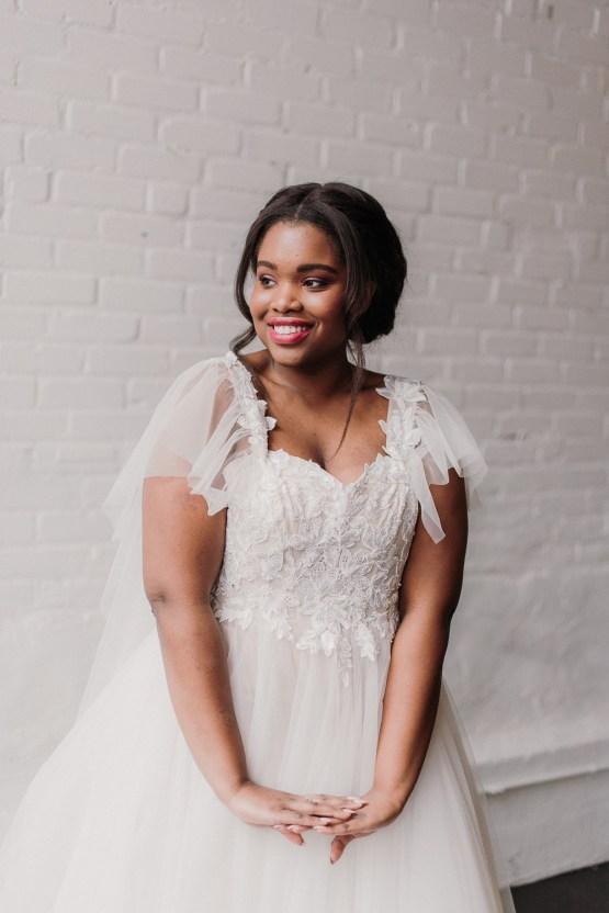 Lyra Vega Online Wedding Dresses Made-to-Measure Under 1200 – Bridal Musings 24