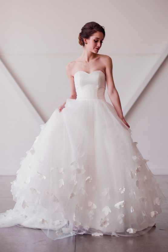 Lyra Vega Online Wedding Dresses Made-to-Measure Under 1200 – Bridal Musings 41