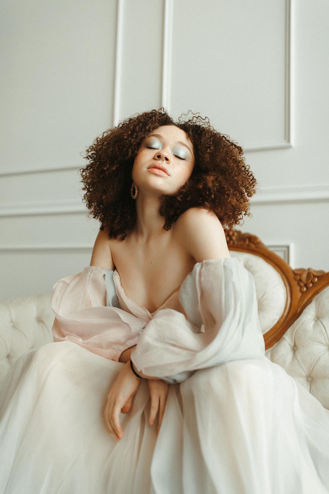 Cool Anti Bride Wedding Inspiration with Colorful Wedding Dresses – Naba Zabih – Claire La Faye – Bridal Musings 14