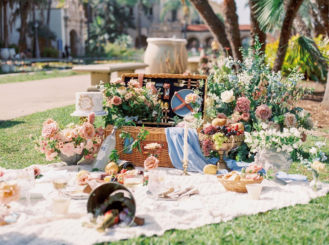 Fancy Southern Wedding Inspiration at Balboa Park in San Diego – iamlatreuo Photo 1