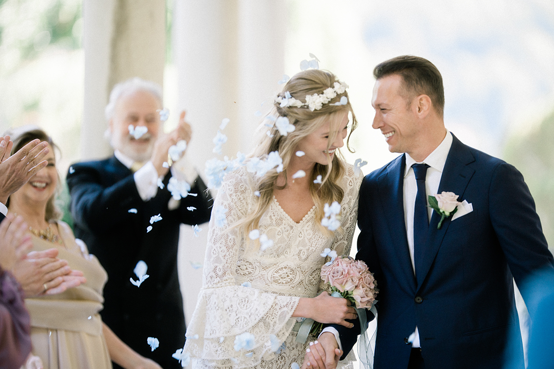 Romantic Something Blue Micro Wedding filled with Hydrangeas at Villa Ortensia in Lake Como – Alessandro Colle e Serena Rossi 5