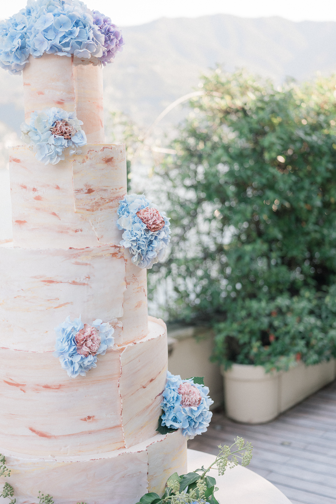 Romantic Something Blue Micro Wedding filled with Hydrangeas at Villa Ortensia in Lake Como – Alessandro Colle e Serena Rossi 60