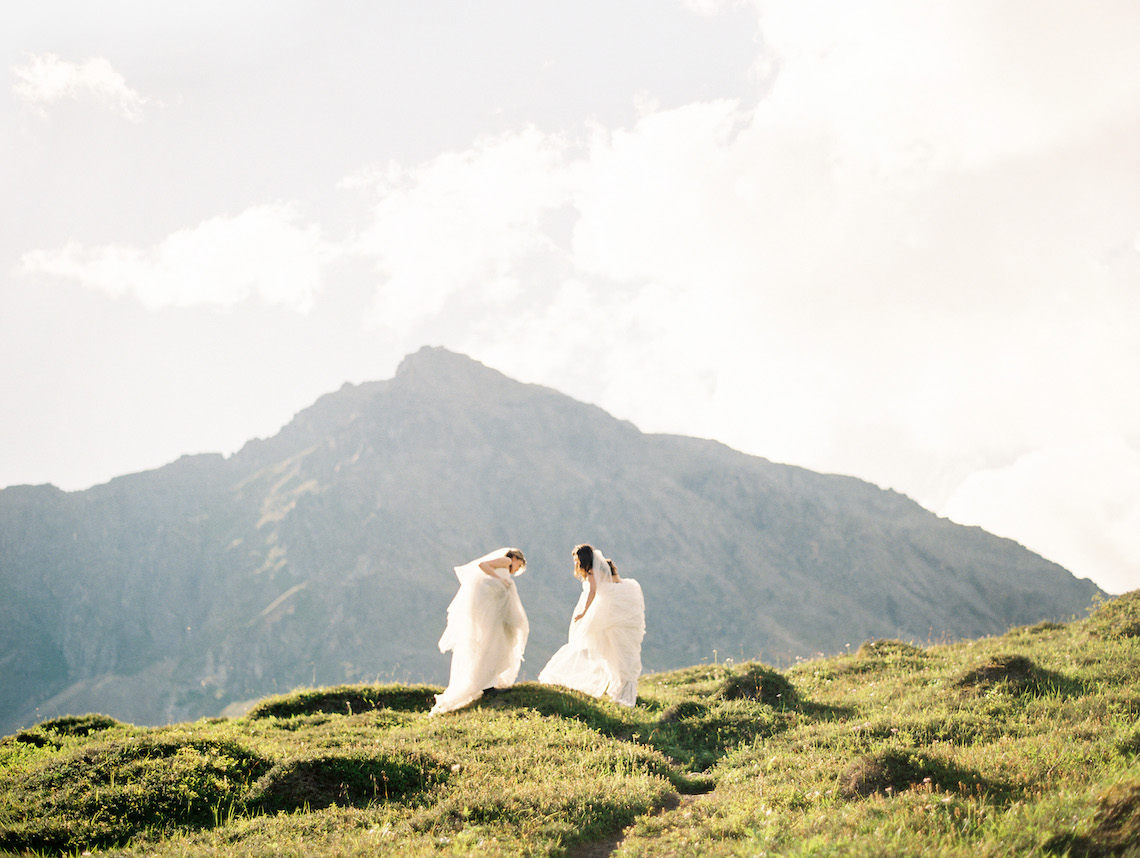 The Ultimate Guide to Planning a Wedding or Elopement in Alaska – Outland Events – Corinne Graves – Bridal Musings 17