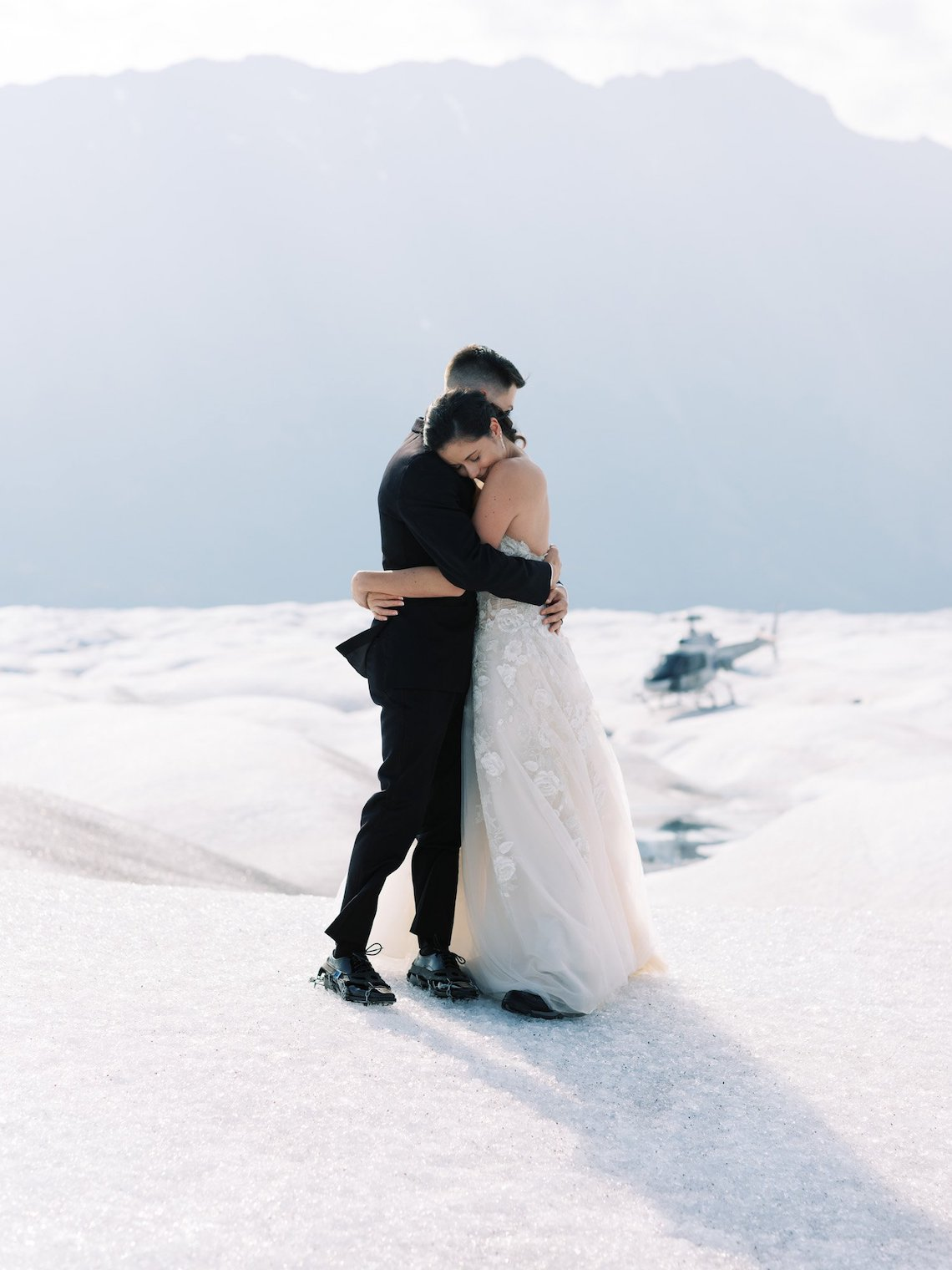The Ultimate Guide to Planning a Wedding or Elopement in Alaska – Outland Events – Corinne Graves – Bridal Musings 25