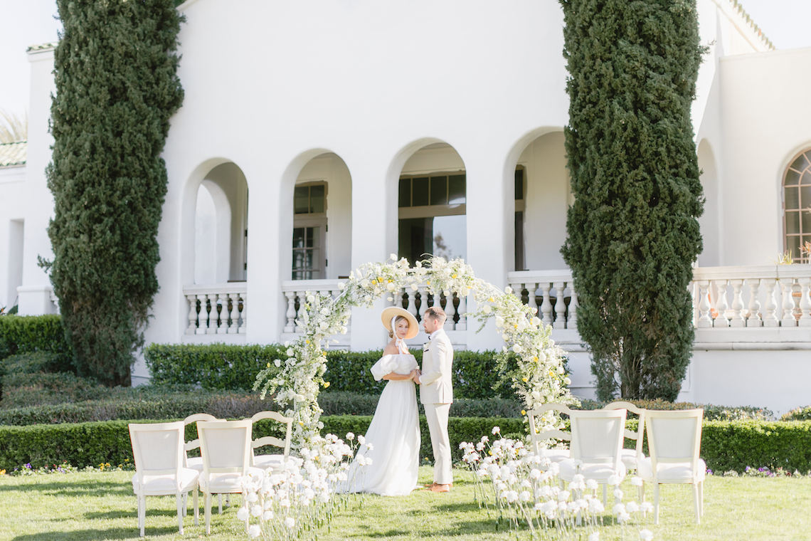 English Garden Afternoon Tea Wedding Inspiration – Lorin Kelly Photography – Bowties and Bouquets – Bridal Musings 4