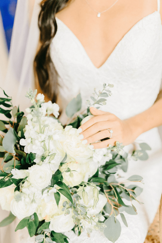 Rainy Casual Barn Wedding with Vietnamese Influence – Emma Anne Photography – The Mulberry – Bridal Musings 20