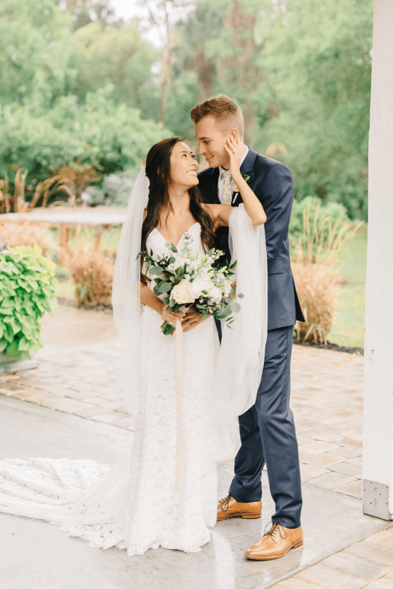Rainy Casual Barn Wedding with Vietnamese Influence – Emma Anne Photography – The Mulberry – Bridal Musings 40