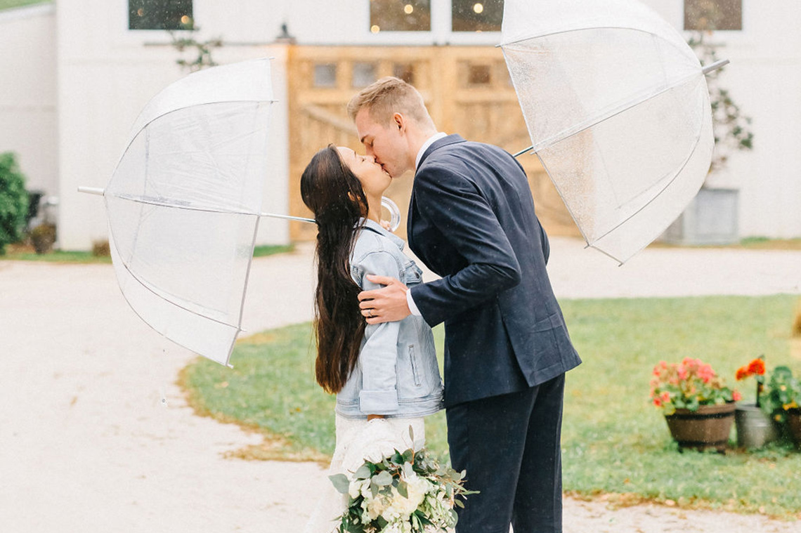 Rainy Casual Barn Wedding with Vietnamese Influence – Emma Anne Photography – The Mulberry – Bridal Musings 59