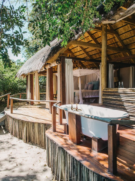 Sindabezi Safari – Zambia Honeymoon and Destination Wedding Guide – Love From Mwai – Exalt Africa – Joy Proctor Design – Stepan Vrzala – Exalt Africa – Bridal Musings 4