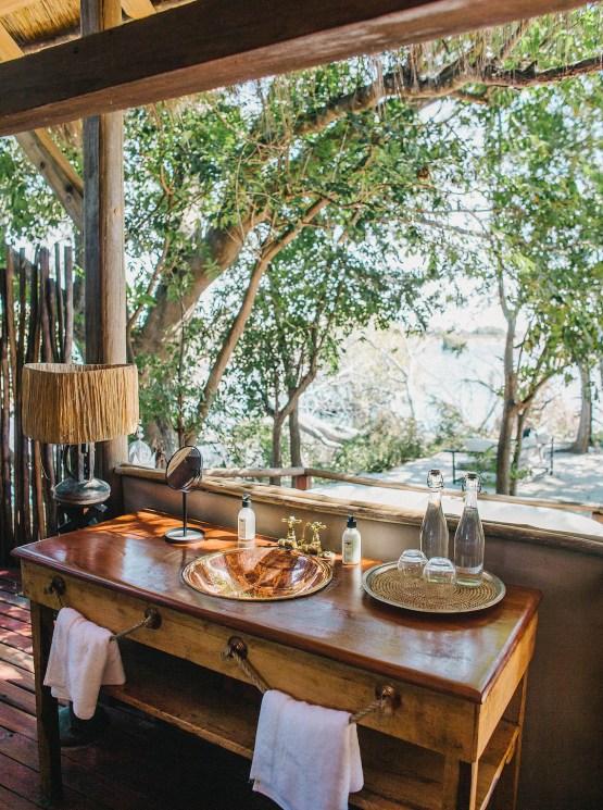 Sindabezi Safari – Zambia Honeymoon and Destination Wedding Guide – Love From Mwai – Exalt Africa – Joy Proctor Design – Stepan Vrzala – Exalt Africa – Bridal Musings 5