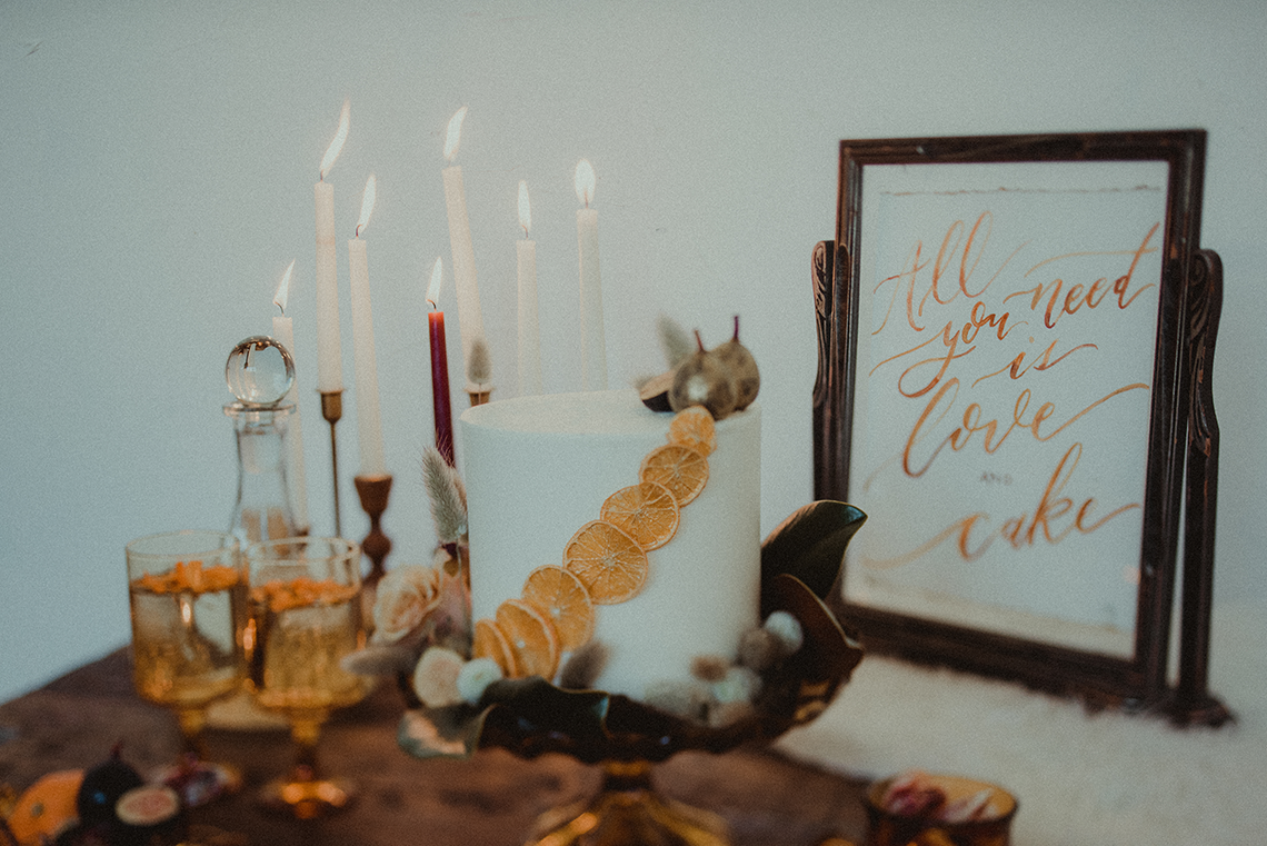 Vintage 1970s Inspired Portland Elopement Inspiration – Anna Caitlin Photography – The Indigo Bride – Bridal Musings 12