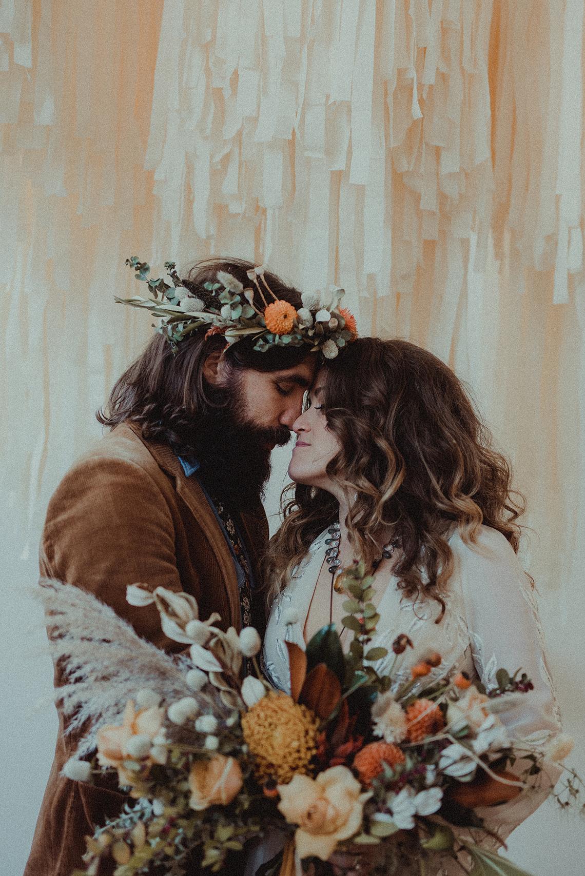 Vintage 1970s Inspired Portland Elopement Inspiration – Anna Caitlin Photography – The Indigo Bride – Bridal Musings 20