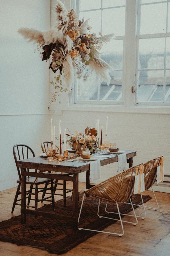 Vintage 1970s Inspired Portland Elopement Inspiration – Anna Caitlin Photography – The Indigo Bride – Bridal Musings 31