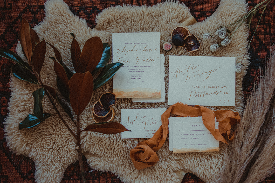 Vintage 1970s Inspired Portland Elopement Inspiration – Anna Caitlin Photography – The Indigo Bride – Bridal Musings 5