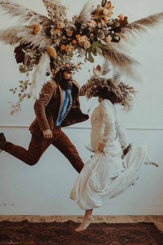 Vintage 1970s Inspired Portland Elopement Inspiration – Anna Caitlin Photography – The Indigo Bride – Bridal Musings 55