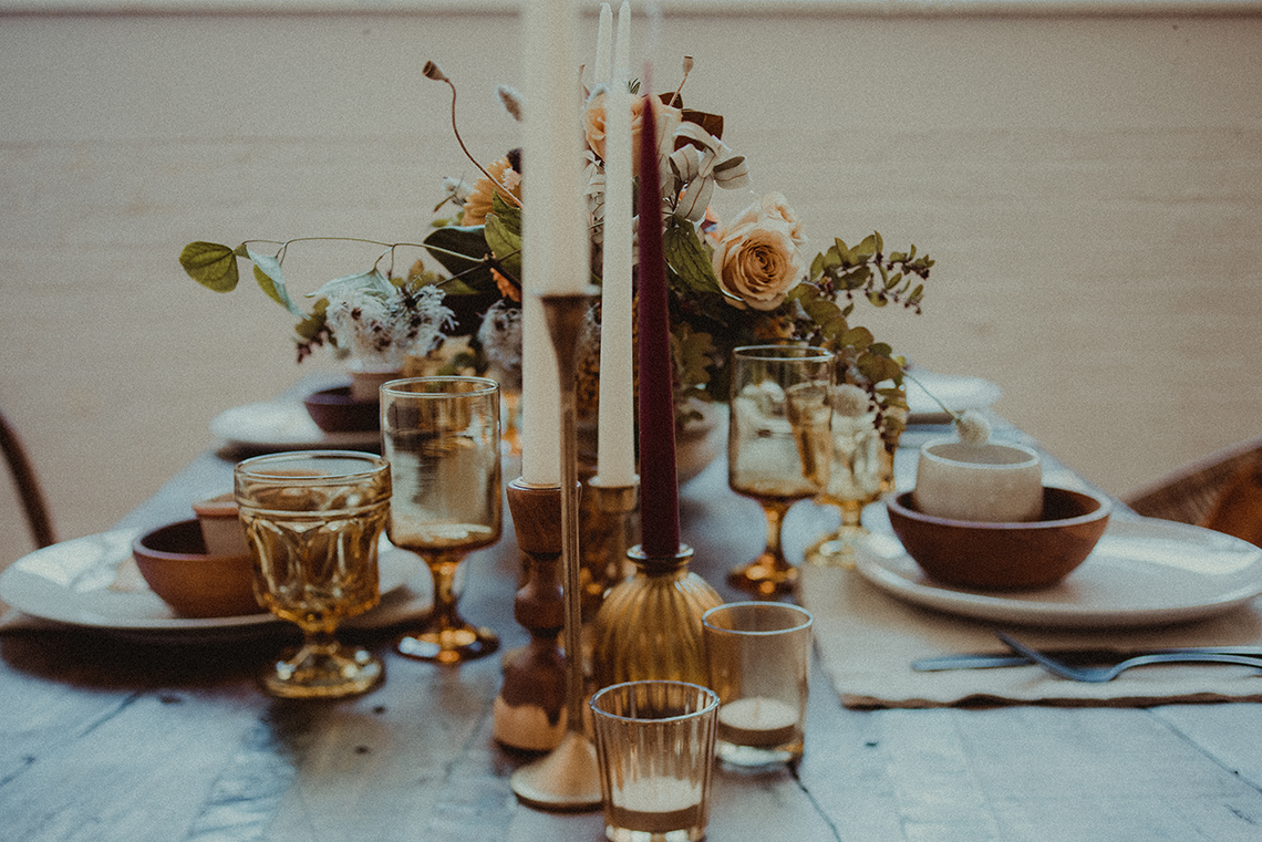 Vintage 1970s Inspired Portland Elopement Inspiration – Anna Caitlin Photography – The Indigo Bride – Bridal Musings 7