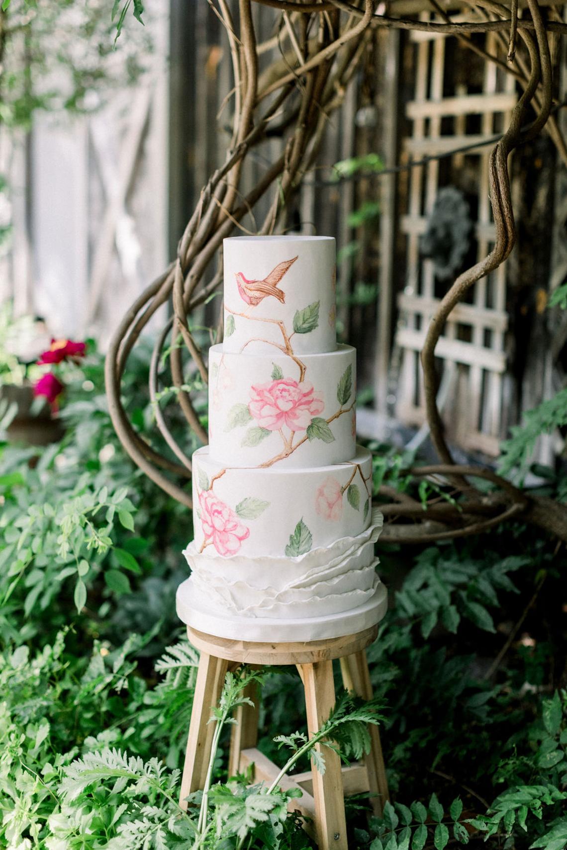 Whimsical Garden Wedding Inspiration – Danni LaRaia Photography– M and D Farm – Bridal Musings 12