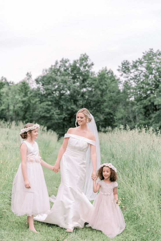 Whimsical Garden Wedding Inspiration – Danni LaRaia Photography– M and D Farm – Bridal Musings 30