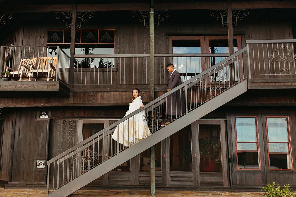 Korean Hawaiian Elopement with a Traditional Ceremony – Alyssa Luzaich Photography – Kukio Beach – Bridal Musings 2
