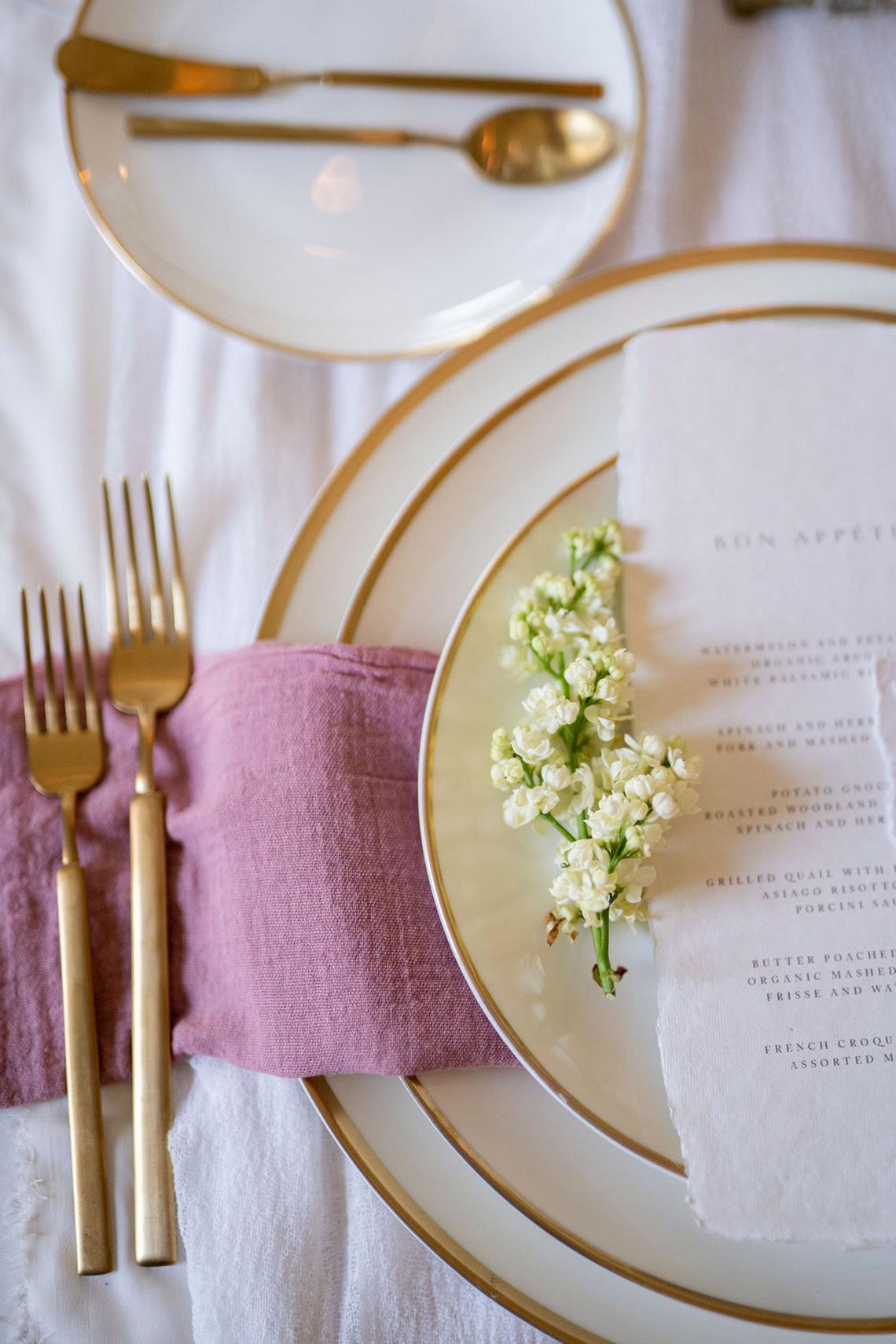 Romantic Willowbank Mansion Toronto Wedding Inspiration – Lisa Vigliotta Photography – Nobl Events – Bridal Musings 30