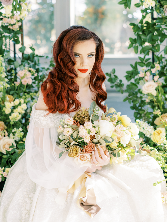 Stunning Fall Florals Wedding Inspiration – Amy Odom Photography – Brighton Abbey – Bridal Musings 21