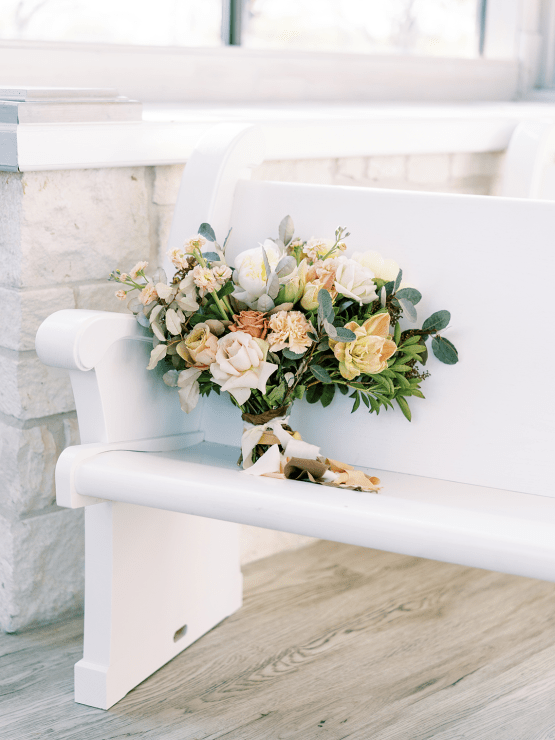 Stunning Fall Florals Wedding Inspiration – Amy Odom Photography – Brighton Abbey – Bridal Musings 46