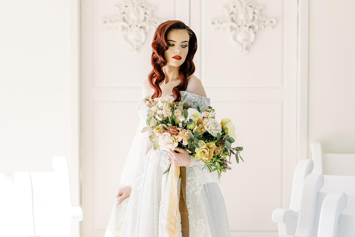 Stunning Fall Florals Wedding Inspiration – Amy Odom Photography – Brighton Abbey – Bridal Musings 56
